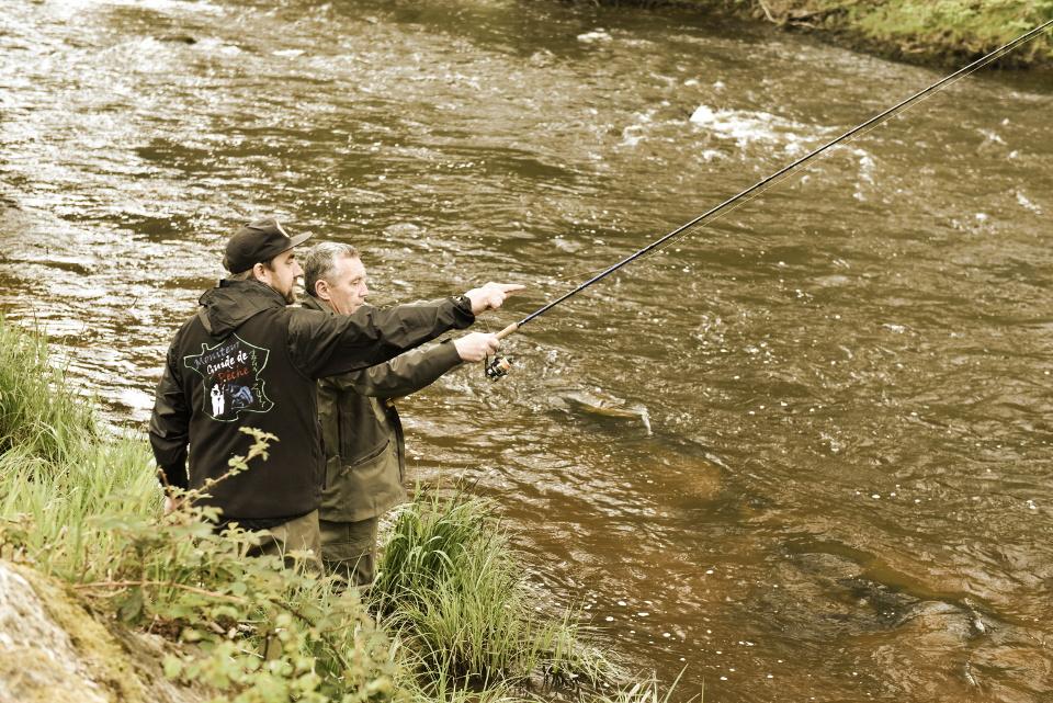 pêche de la truite au toc à la nymphe